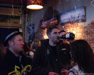 2677-Pub Masquarade FS-20141231